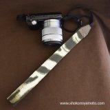 ミラーレス用カメラストラップ(3cm幅): おしゃれ かわいい:モスグリーン・ゼブラ