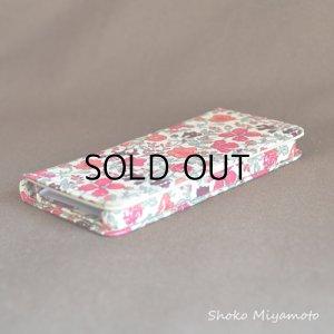 画像4: iPhone6sケース・手帳型 リバティ・テイタム(ブルー)  おしゃれ  かわいい マグネットを使わないのでカード安全