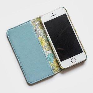 画像2: 【送料無料】iPhoneSE(第1世代)ケース iPhone5sケース 手帳型  リバティ・マーガレットアニー(グリーン)おしゃれ  かわいい マグネットを使わないのでカード安全  スマホケース アイフォンケース