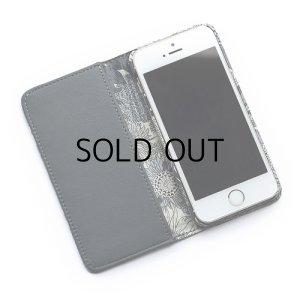 画像2: iPhone6s Plusケース・手帳型: リバティ・スモールスザンナ(グレー)おしゃれ  かわいい iPhone6 Plus, iPhone6s Plus