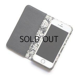 画像2: 【送料無料】iPhone8ケース iPhone7ケース・手帳型 リバティ・セバートン(ブラック) おしゃれ  かわいい マグネットを使わないのでカード安全